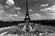 Fontain Posters - BW France Paris Fontain Chaillot Tour Eiffel 1970s Poster by Issame Saidi
