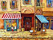 Montreal Summer Scenes Framed Prints - Cafe De Vieux Montreal With Couple Framed Print by Carole Spandau
