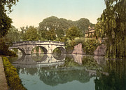Fey Posters - Cambridge - England - Clare College and Bridge Poster by International  Images