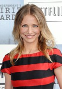 Hair Parted In The Middle Framed Prints - Cameron Diaz At Arrivals For Film Framed Print by Everett