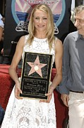 Cameron Diaz Prints - Cameron Diaz At The Induction Ceremony Print by Everett