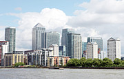 Canary Prints - Canary Wharf Print by Richard Newstead