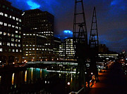 London England  Digital Art - Canary Wharf by The DigArtisT