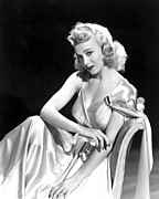 Publicity Shot Photos - Carole Landis, Paramount Pictures, Ca by Everett