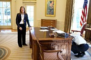 Obama Family Art - Caroline Kennedy Schlossberg Visits by Everett