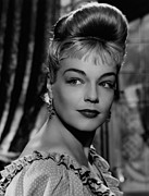 1952 Movies Metal Prints - Casque Dor, Simone Signoret, 1952 Metal Print by Everett