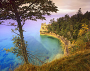 National Lakeshore Prints - Castle Rock Overlooking Lake Superior Print by Tim Fitzharris
