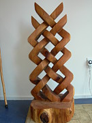 Cedar Sculptures - Celtic Knot Sculpture by Shane  Tweten