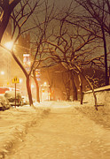 Fallen Snow Painting Prints - Central Park Nocturnal Snow II Print by Max Ferguson
