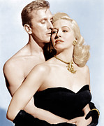 Gold Necklace Photo Prints - Champion, From Left Kirk Douglas Print by Everett