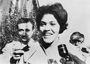 Racism Prints - Charlayne Hunter Smiles To Reporters Print by Everett