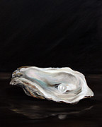Oyster Art - Charlies Pearl by Mary Sparrow Smith