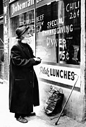 Chicago Homeless Man On Thanksgiving Print by Everett
