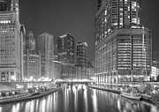 Sky Line Art - Chicago River at Night in Black and White by Twenty Two North Gallery