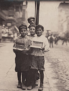 Lewis Wickes Hine Prints - Child Labor, Vendors On The Bowery, New Print by Everett