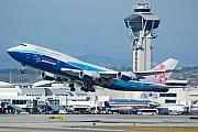 747 Photos - China Airlines Boeing 747 Dreamliner LAX by Brian Lockett