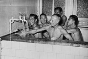 Young Men Prints - Chinese Team Bath Print by Fox Photos/William Vanderson