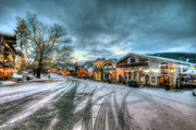 Leavenworth Photos - Christmas on Main Street by Brad Granger