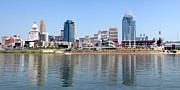 Cincinnati Framed Prints - Cincinnati Panoramic Skyline Framed Print by Paul Velgos