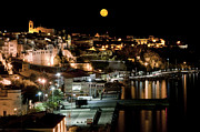 Sea Moon Full Moon Prints - City Moon Print by Pedro Cardona