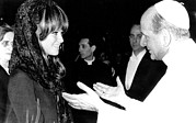Claudia Prints - Claudia Cardinale Meets Pope Paul Vi Print by Everett