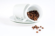 Saucer Prints - Coffee cups and coffee beans  Print by Ulrich Schade