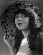 Picture Hat Posters - Colleen Moore, Ca. Late 1910s Poster by Everett
