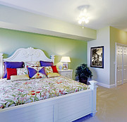 Florida House Photos - Colorful King Size Bed by Skip Nall