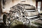 Machinery Photos - Complicated by Gabriela Insuratelu