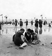York Beach Metal Prints - Coney Island Beach Goers - c 1906 Metal Print by International  Images