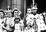 King George Vi Prints - Coronation Of King George Vi Front Row Print by Everett