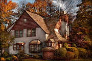 Suburbia Posters - Cottage - Westfield NJ - Family Cottage Poster by Mike Savad