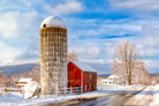 Red Barns Photos - Country Snow by Bill  Wakeley