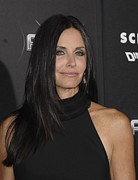 Straight Hair Prints - Courteney Cox At Arrivals For Scream 4 Print by Everett
