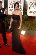 Strapless Dress Photos - Courteney Cox Wearing A Victoria by Everett