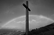 Gaspar Avila - Cross and rainbow