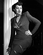 V-neck Sweater Prints - Cyd Charisse, Portrait Circa 1949 Print by Everett