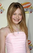 Hello Kitty Posters - Dakota Fanning At Arrivals For 2007 Poster by Everett