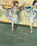 Ballet Dancers Pastels Prints - Dancers at the bar Print by Edgar Degas