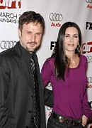 Courteney Cox Posters - David Arquette, Courteney Cox Poster by Everett