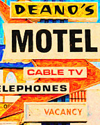 Los Angeles Digital Art Metal Prints - Deanos Motel Metal Print by Wingsdomain Art and Photography