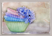 Textures Pastels - Delight by Sandra Rossouw