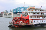 Tn River Prints - Delta Queen in Chattanooga Print by Tom and Pat Cory