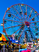 York Beach Framed Prints - Denos Wonder Wheel Framed Print by David Hahn