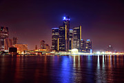 Renaissance Center Framed Prints - Detroit Skyline 4 Framed Print by Gordon Dean II