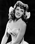 1940s Hairstyles Photos - Dinah Shore, Ca. 1943 by Everett