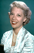 1950s Portraits Prints - Dinah Shore, Ca. 1950s Print by Everett
