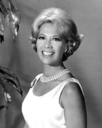 1960s Portraits Framed Prints - Dinah Shore, Ca. 1960s Framed Print by Everett