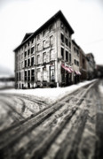 Old Montreal Art - ..Dirty old town.. by Russell Styles