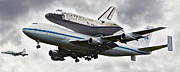Spacecraft Art - Discovery Shuttle Heading to Dulles Airport by Tamara Stoneburner